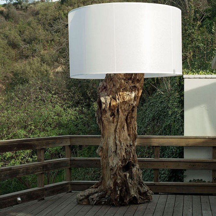 Driftwood outdoor lamp