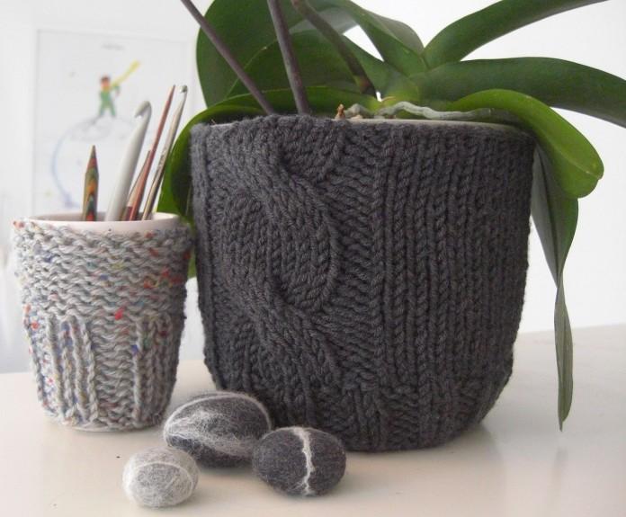 Knit flowerpot