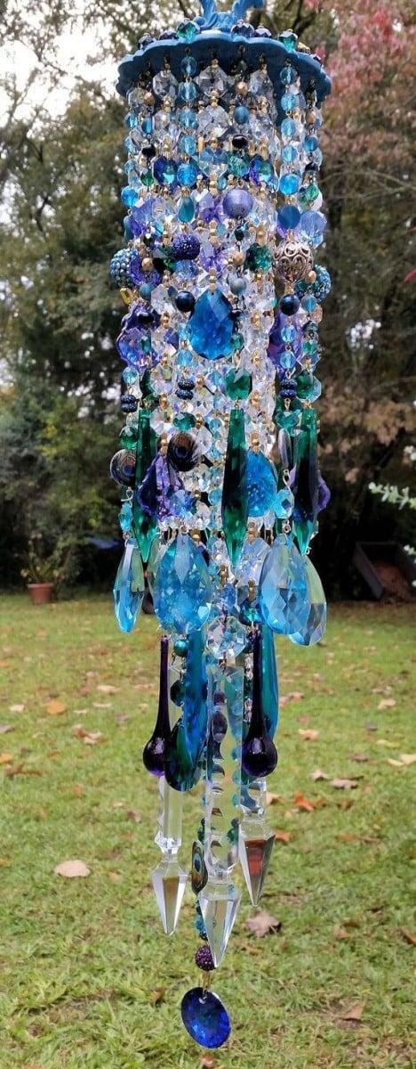 Antique Blue Crystals Wind Chime Design