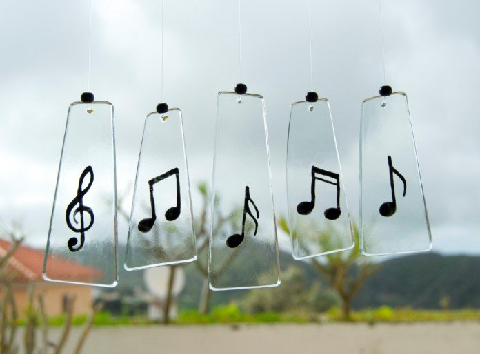 Musical note chimes