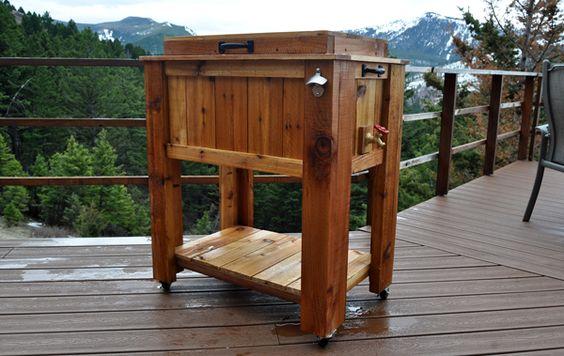 Rolling Beverage Cooler Nice Wood