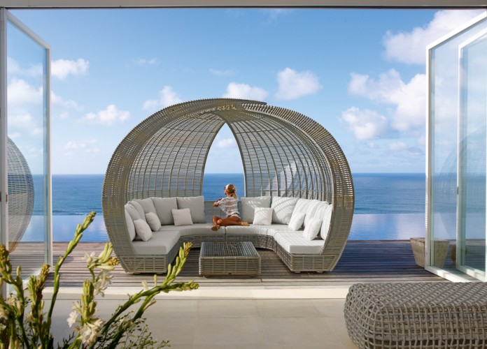 Outdoor Wicker Furniture Design Ideas
