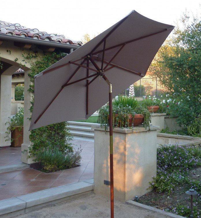 Tilting Market Umbrella for the Patio