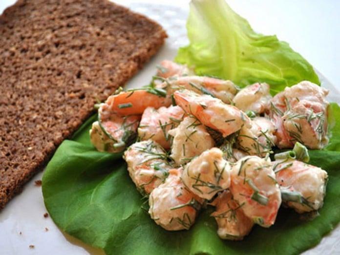 Scandinavian shrimp salad for solstice
