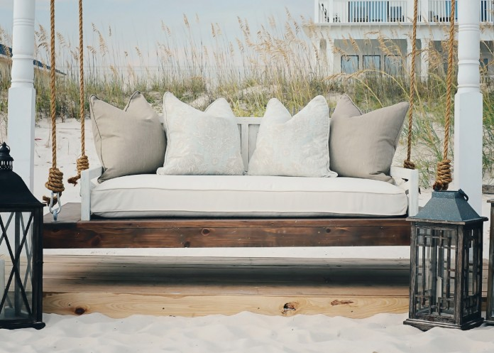 Perfect 48 Spectacular Outdoor Daybeds for Relaxing in the Sun JA14