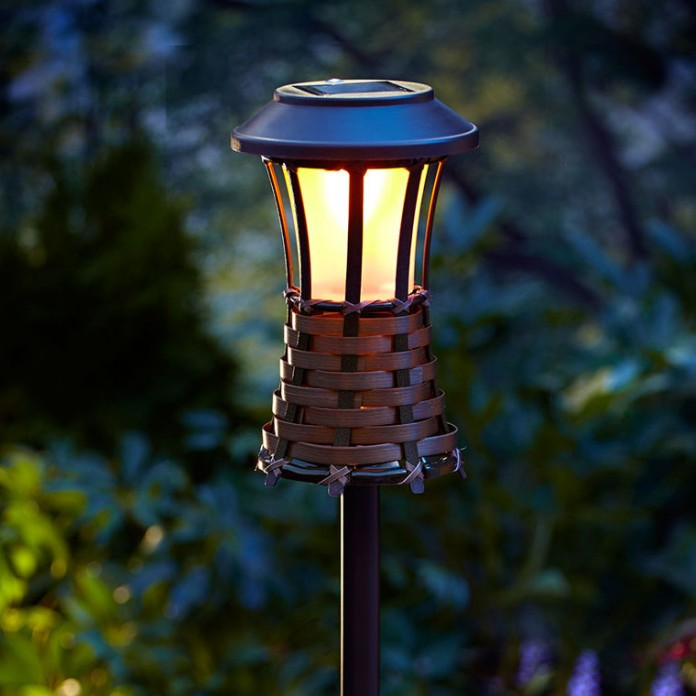 Classic Solar Tiki Torch