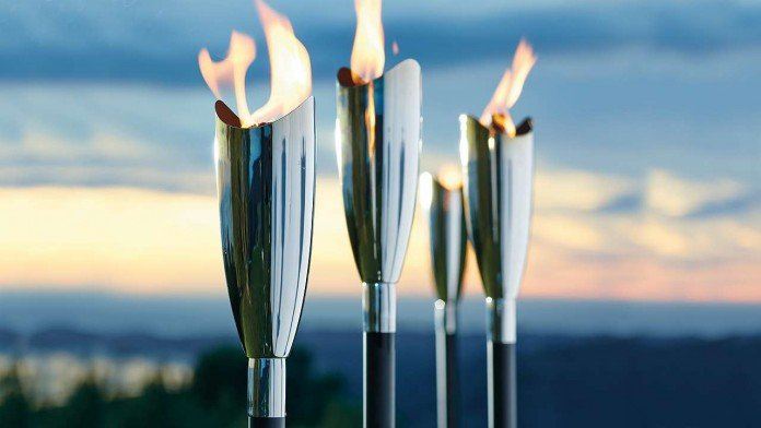 Stainless Steel Tiki Torch Has Great Design