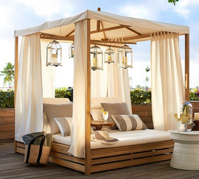 Popular 48 Spectacular Outdoor Daybeds for Relaxing in the Sun HJ12