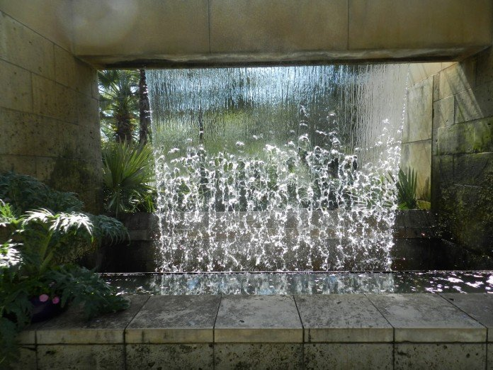 54 garden water features awesome outdoor design ideas for Outdoor wall fountains