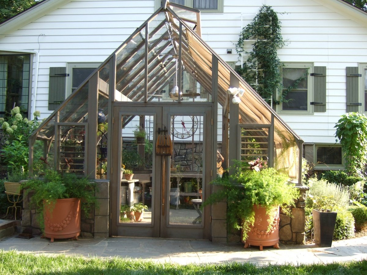 tudor-greenhouse-by-sturdi-built