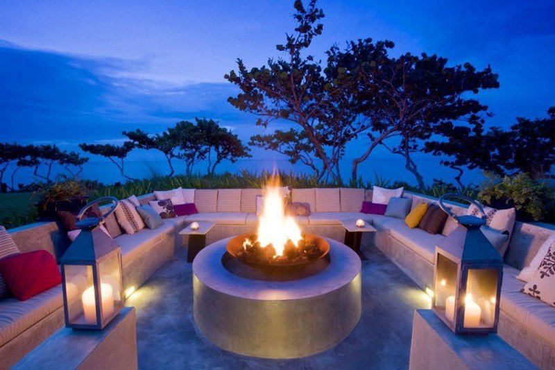 outdoor-fire-pit-seating-ideas-26