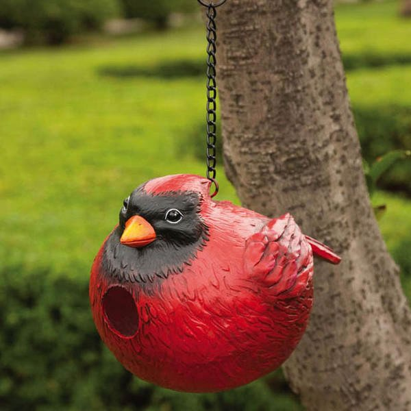 Red Cardinal Birdhouse