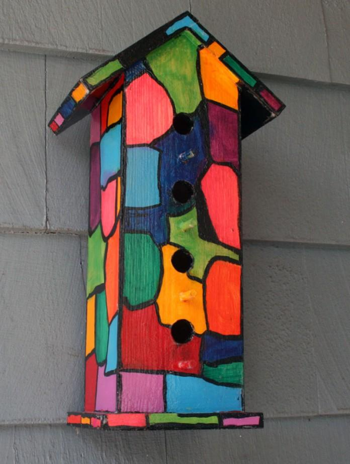 Simplest backyard birdhouse idea