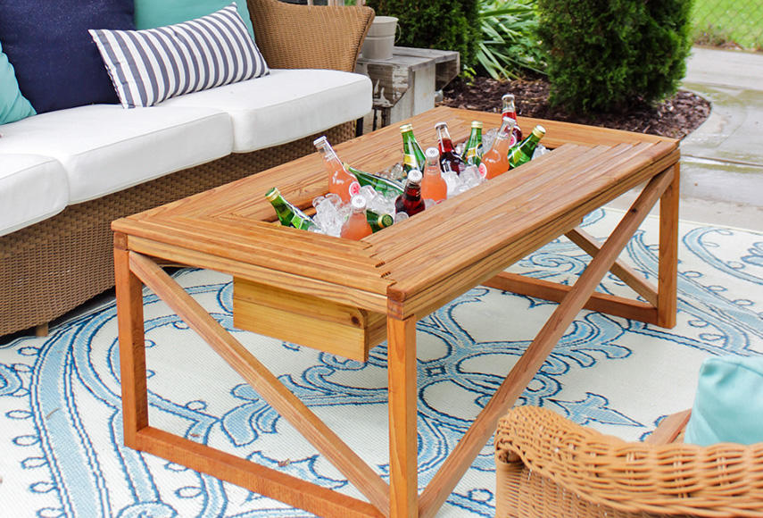 Outdoor Coffee Table with Beverage Cooler - 13 DIY Cooler Table Plans To Build For Outdoor Beer, Drinks Or Patio