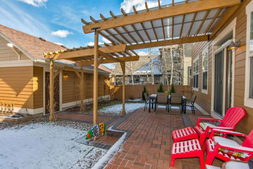 Covered Pergola Designs For Best Shade Ideas Consumer Guide
