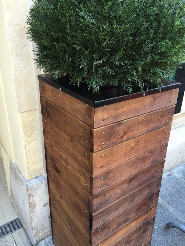 Farmhouse Style Wood Plank Planter Box