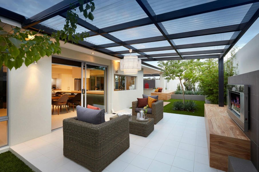 A pergola roof covered with clear plexiglass