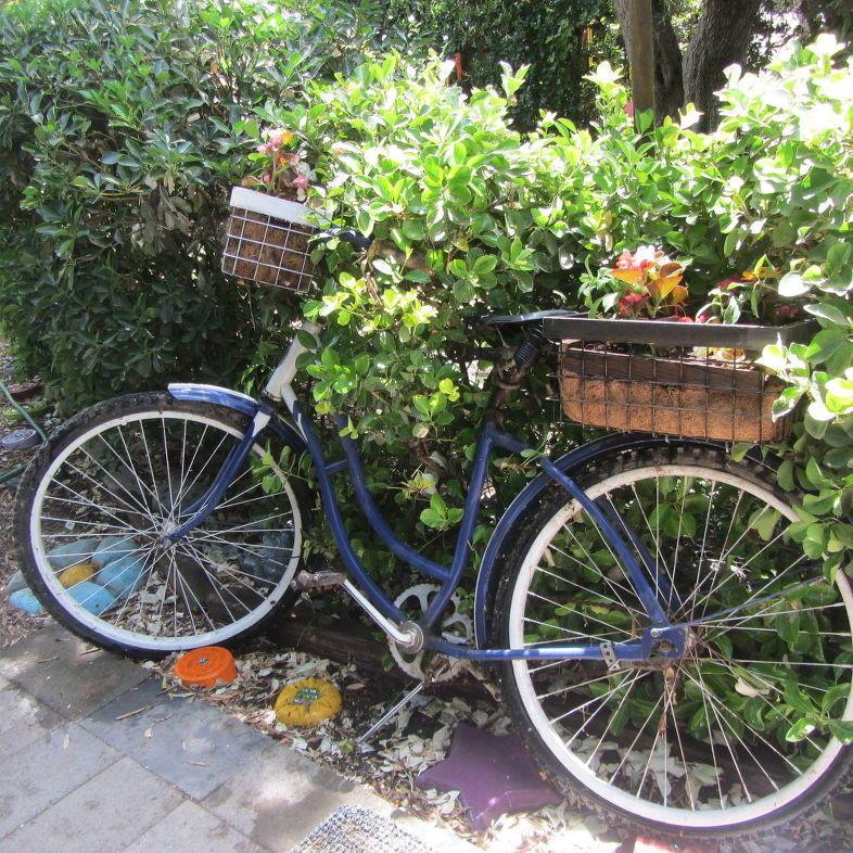 Bicycle Planter DIY Tutorial
