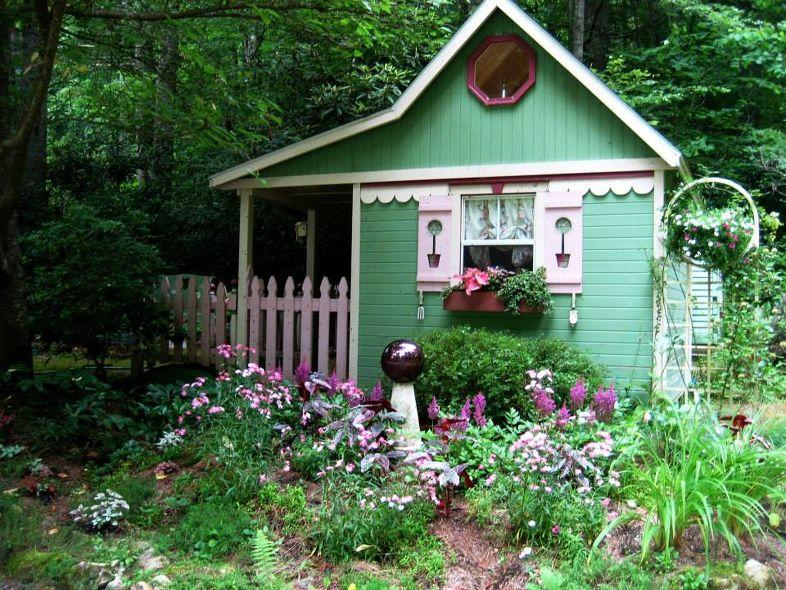 Re decorating a playhouse into a shed