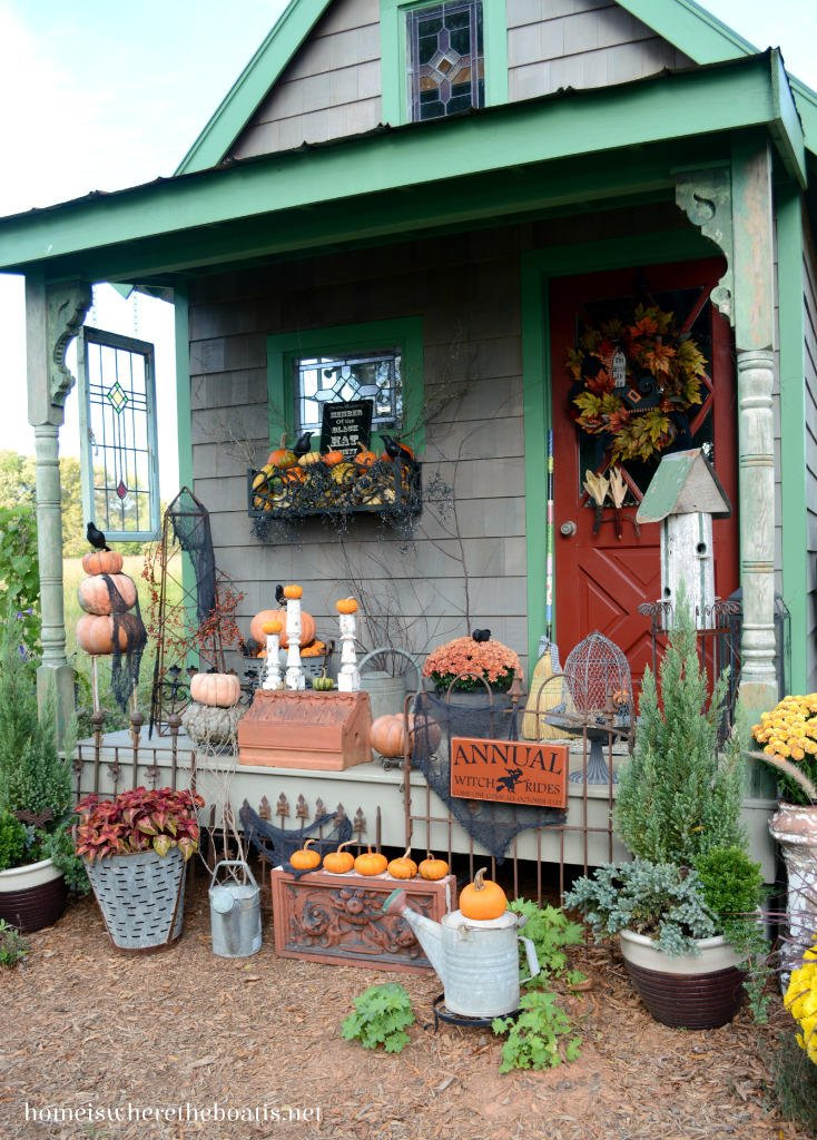 Halloween decorating ideas for a Potting Shed