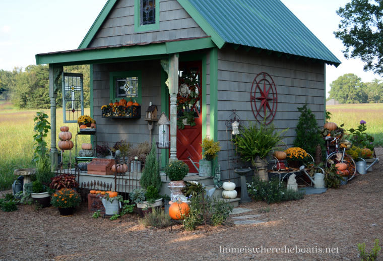 Garden Shed decorated with Bicycle Planter