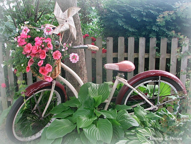 How to make a Vintage Bicycle Basket Planter