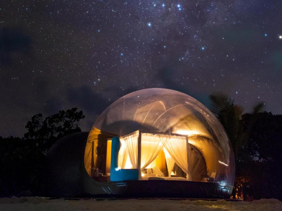 This see-through bubble tent is a stargazing dream