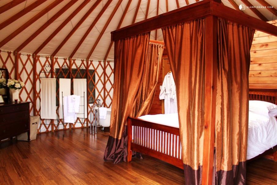 Vancouver Island Glamping Yurt