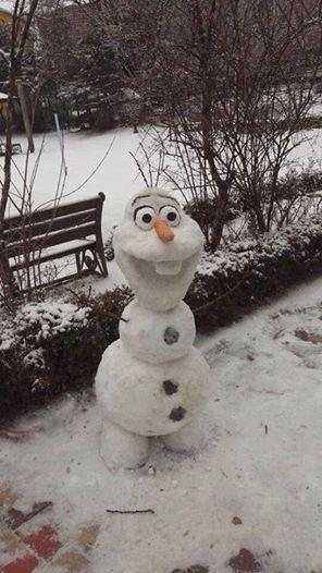 Olaf real snowman idea