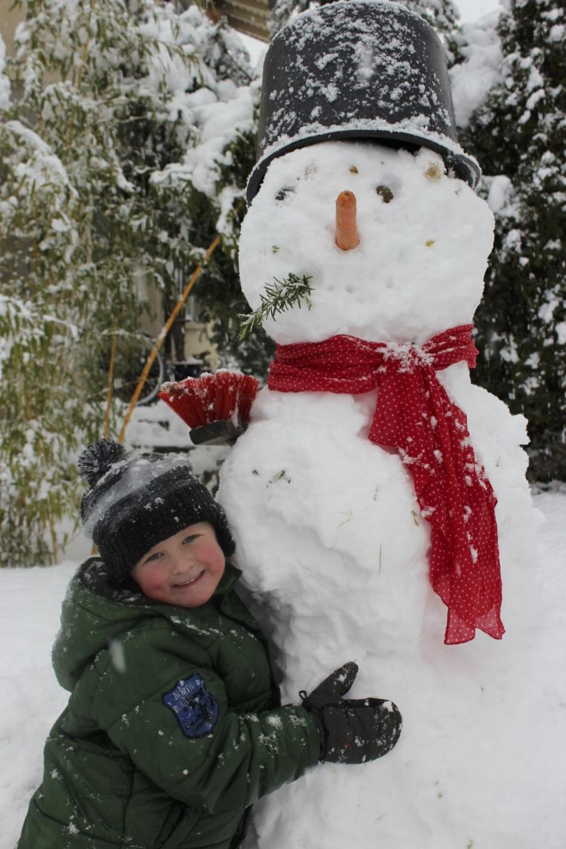 Bucket Hat Snowman