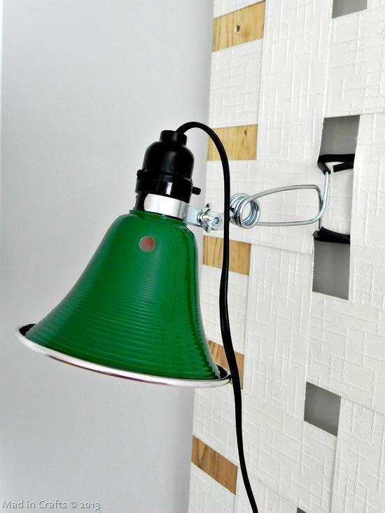 Reading lamp detail