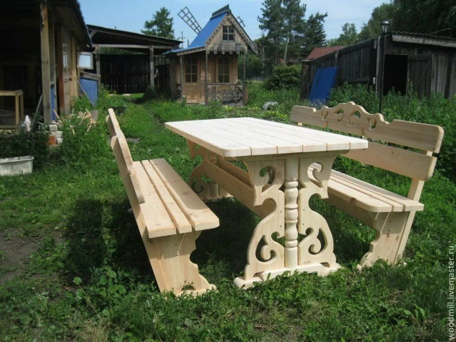 Awesome picnic table design idea