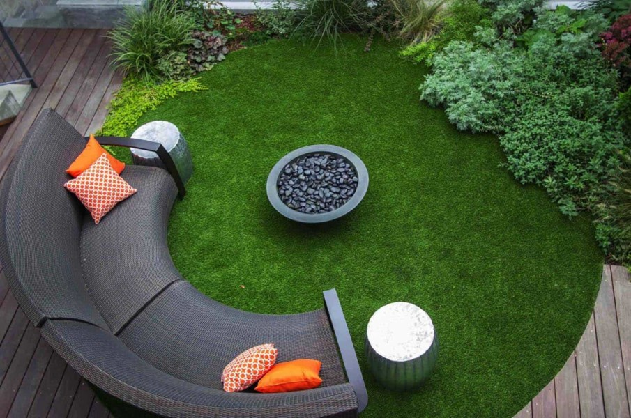 Circular fire pit seating area ideas