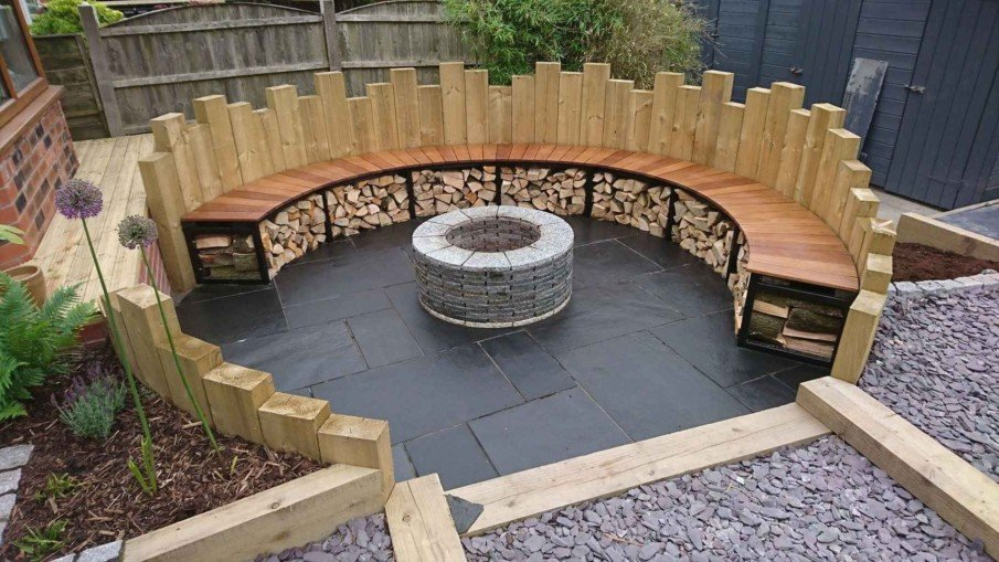 Circular seating with decorative wooden backrest