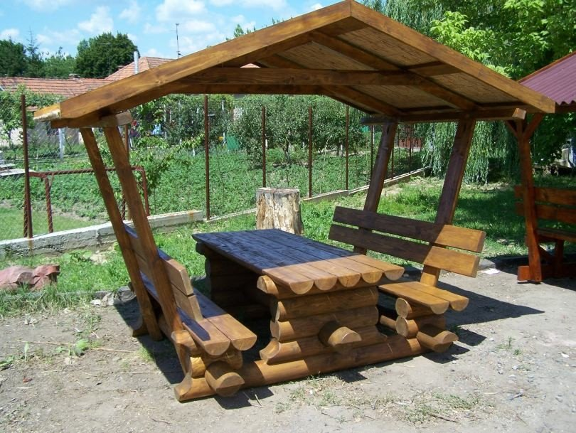 Creative DIY arbor bench design