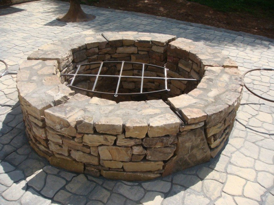 DIY BBQ fire pit natural stone design