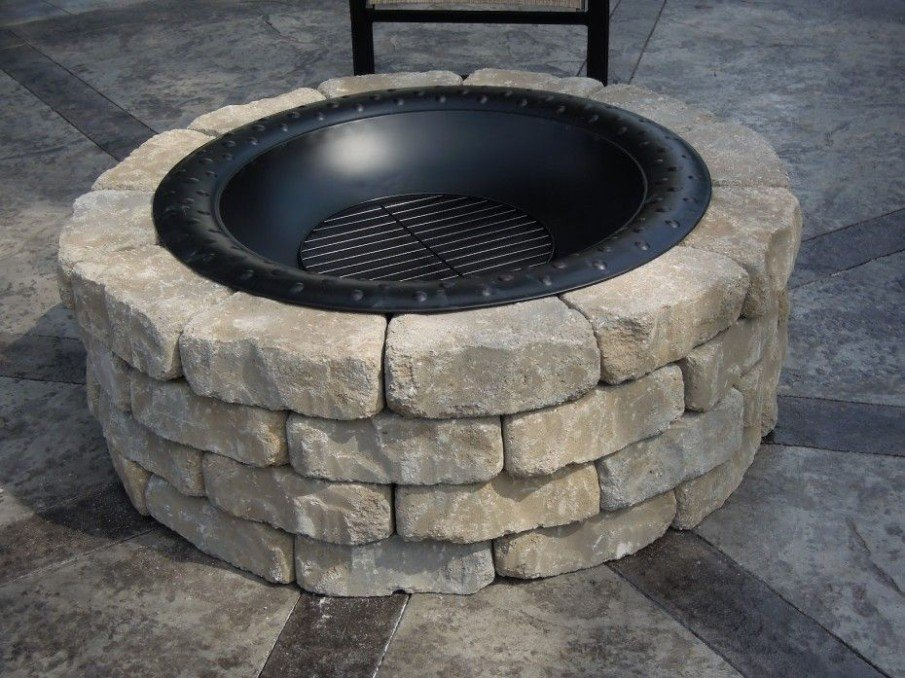 DIY stacked pavers fire pit idea