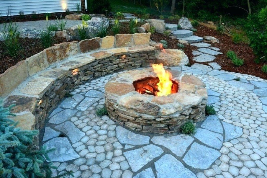Flagstone circular fire pit seating ideas