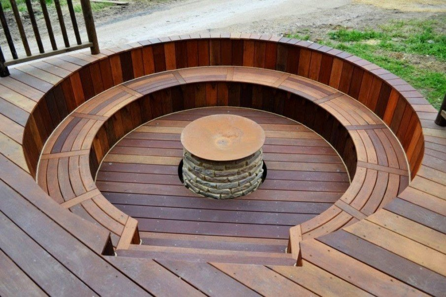 Round wood fire pit seating design idea