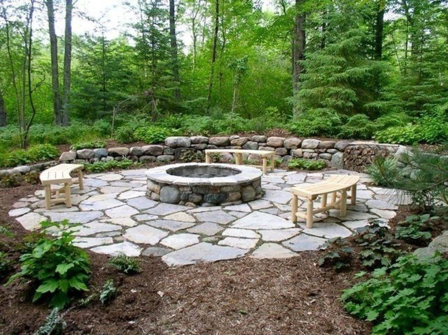 Simple flagstone fire pit patio design