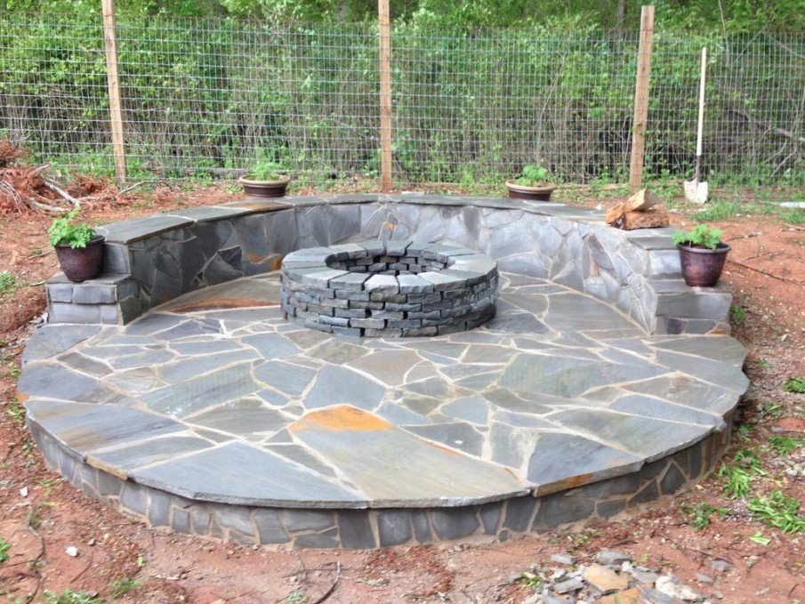 Small circular fire pit patio ideas