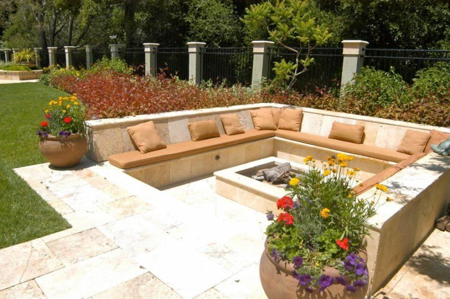 Square design for sunken firepit seating area