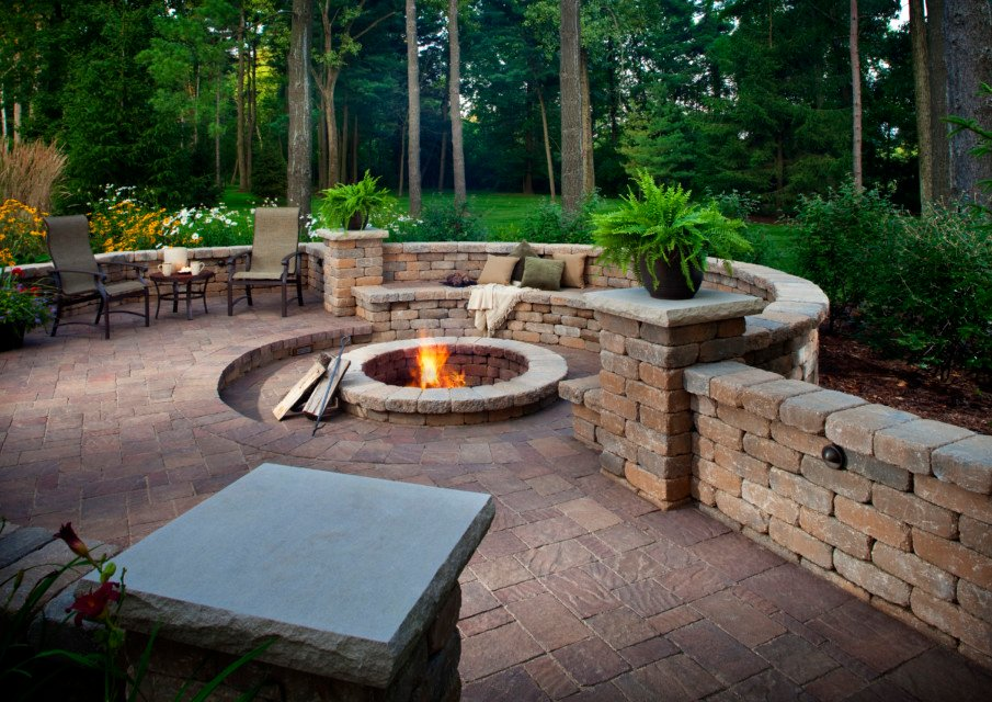 Sunken patio fire pit built from pavers
