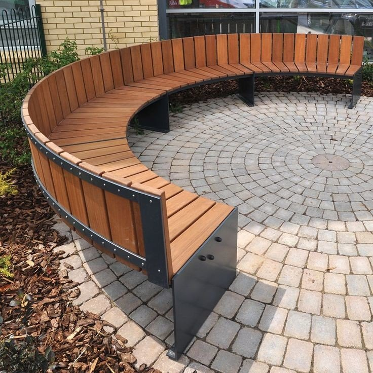 Wood and metal circular fire pit seating design