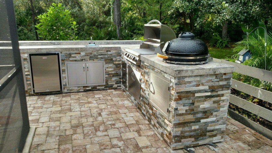 Big green egg outdoor kitchen designs