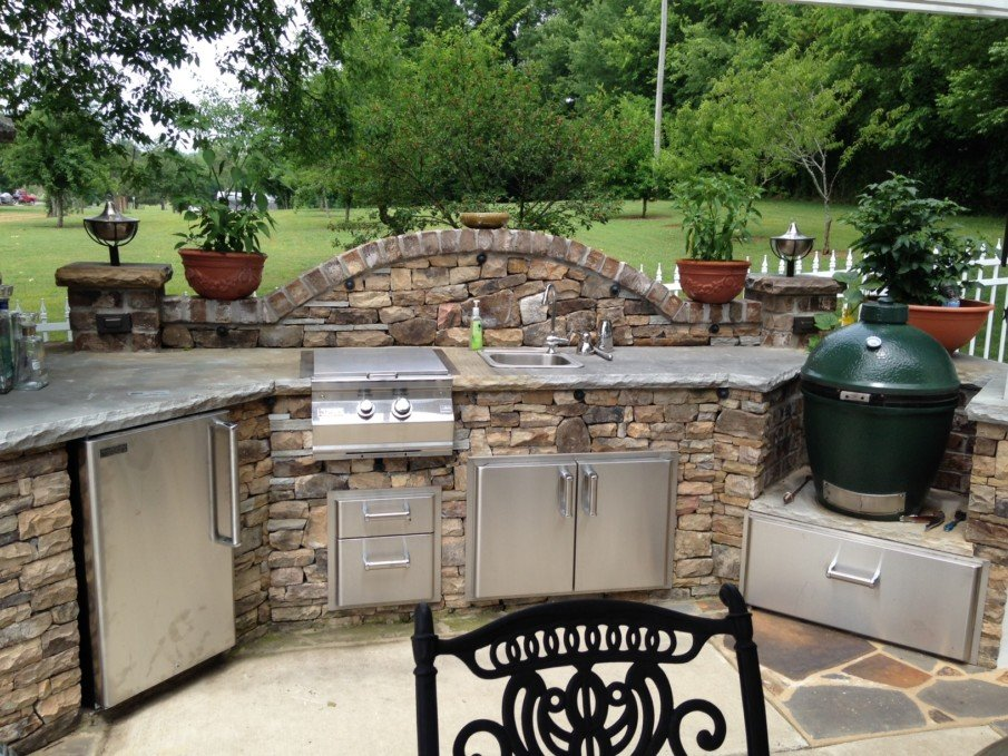 Big green egg patio kitchen ideas
