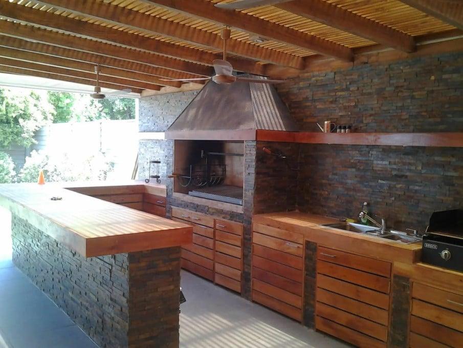 Outdoor kitchen under pergola ideas