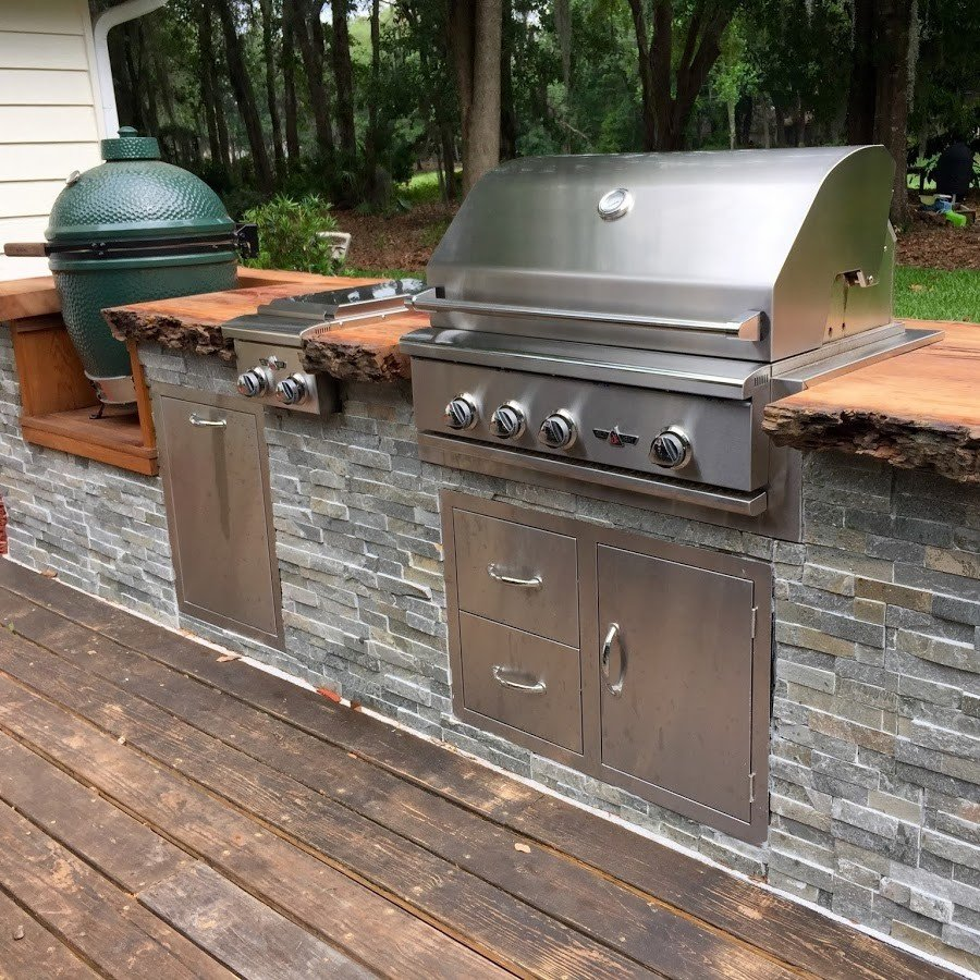 Rustic green egg grill outdoor kitchen design
