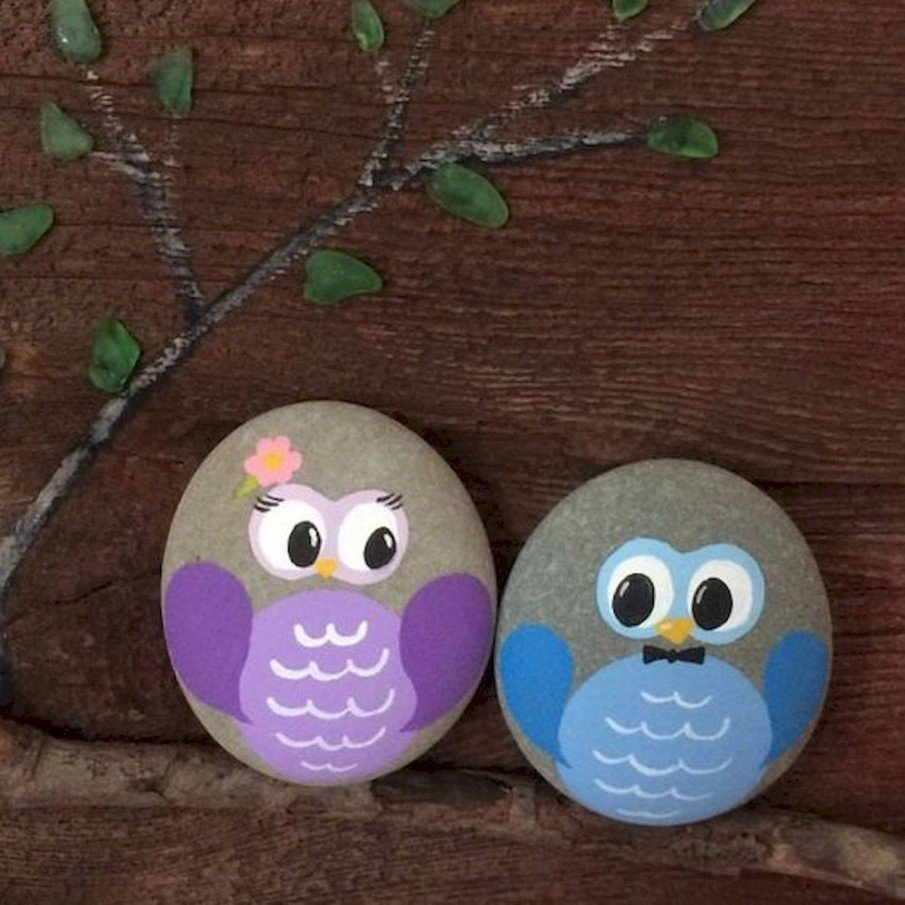 Simple owl rock painting