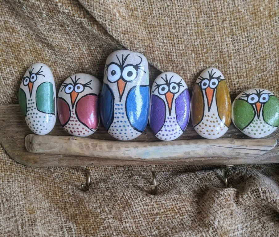 Easy owl painted rocks